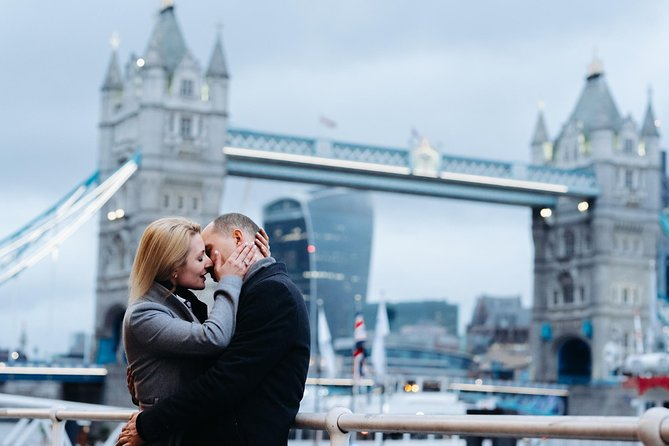 Private Vacation Photography Session with Local Photographer in London