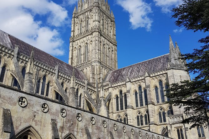 Stonehenge & Salisbury Cathedral photo 2