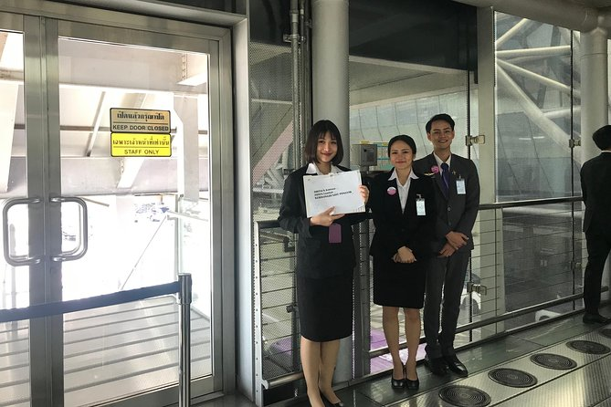 Bangkok : VIP Fasttrack Arrival Service & Airport pickup