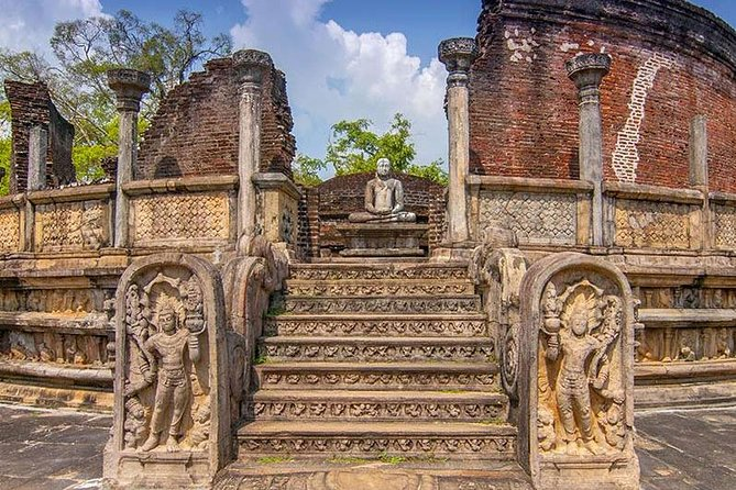 Visit Polonnaruwa and Kaudulla National Park in 2 Days photo 6
