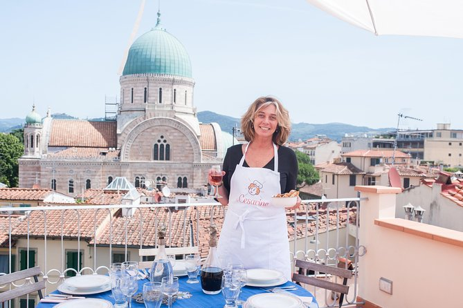 Dining experience at a local's home in Florence with show cooking