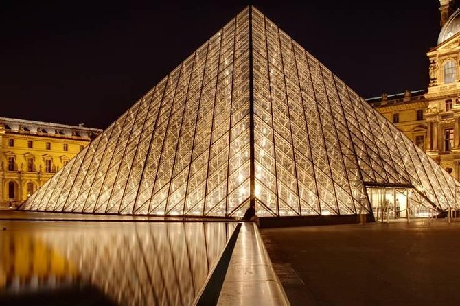 Skip the Line Tickets: Eiffel Tower, Seine River Cruise, and Louvre Museum