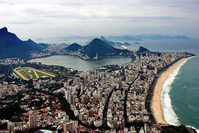 Passeio particular de helicóptero pelo Rio de Janeiro - 03 pessoas - 30 min