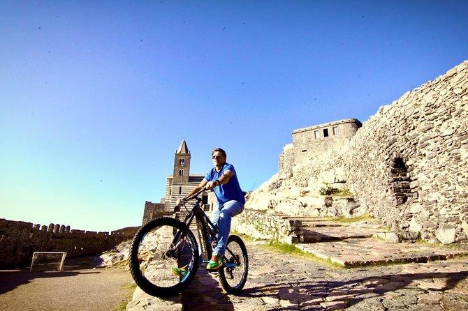 """Riding to Portovenere: an e-bike tour across the magic of """"Golfo dei Poeti"""""""