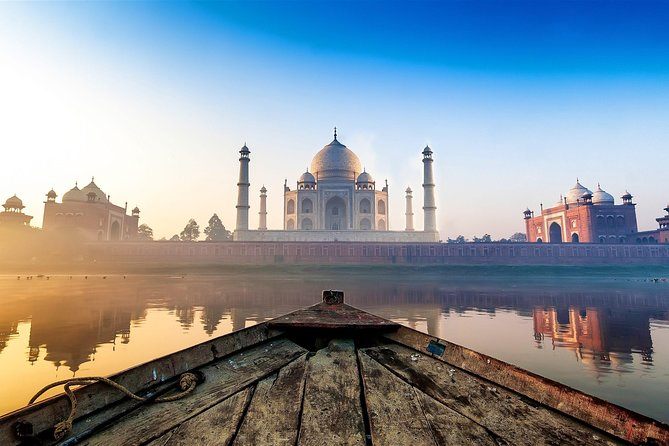 Taj Mahal & Agra Sightseeing Tour From Delhi