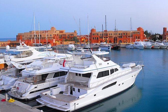 From Hurghada, Makadi or Soma Bay: El Gouna City Tour