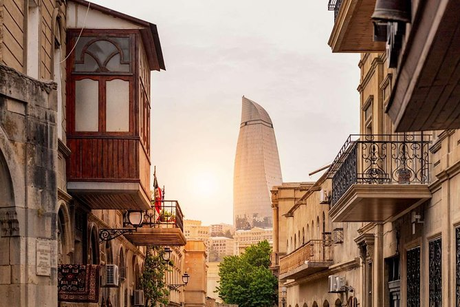BAKU WALKING tour with the best STREET FOOD and DRINK tasting