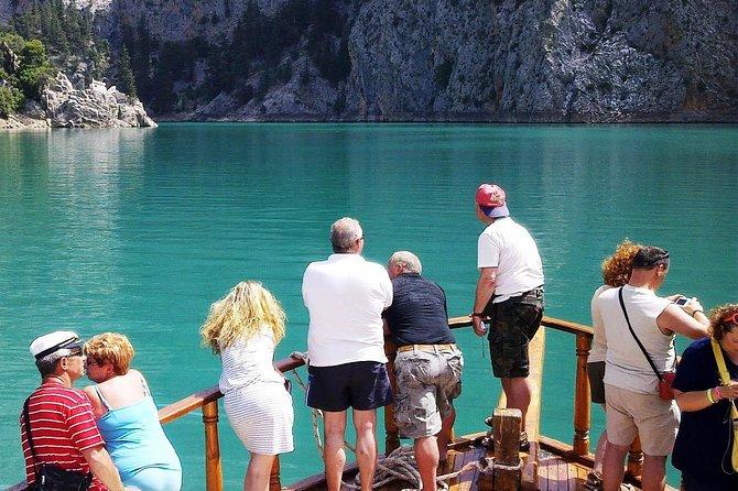 Viaje en barco a Green Canyon con almuerzo desde el área de Alanya
