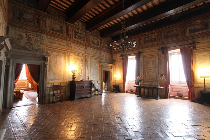 Todi Pongelli Palace with a private guide photo 2