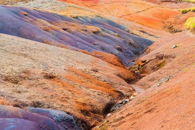 24 coloured earth