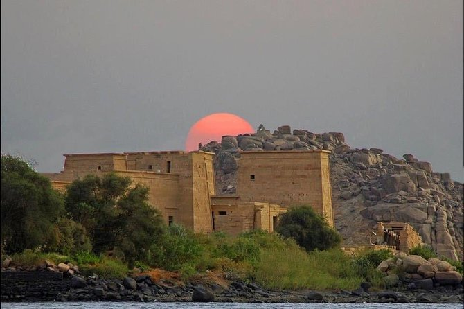 4-Day 3-Night Luxury Nile Cruise every Friday from Aswan to Luxor photo 3