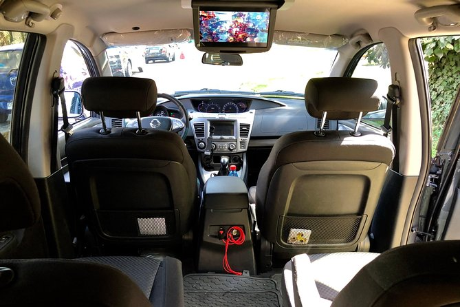 Airport Transfer> <Hotel 4 pax