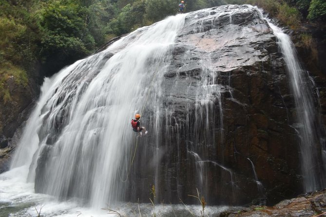 Extreme Sport- Canyoning/Snapling/Rappeling in Dalat Viet Nam