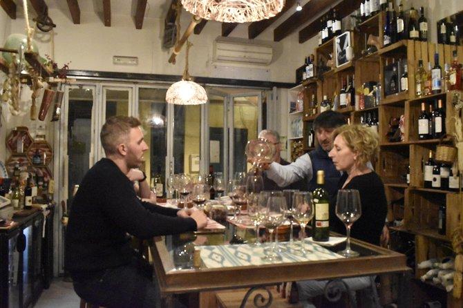 Cata de vinos en Palma Casco Antiguo