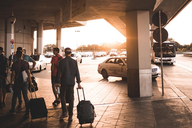 Private transfer From Fco or Cpo Airports to Rome