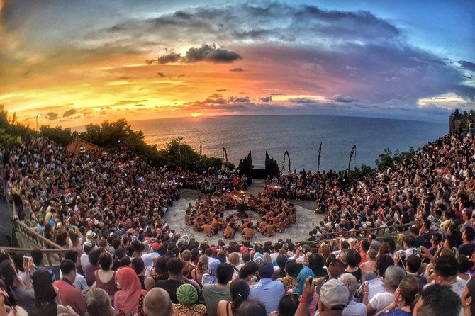 Incredible Uluwatu Sunset & Kecak Fire Dance