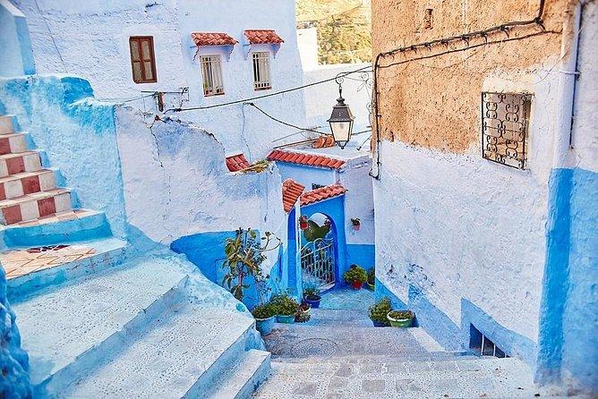 2 Day Tour from Casablanca to Rabat & Chefchaouen (Medina Shopping Tour)