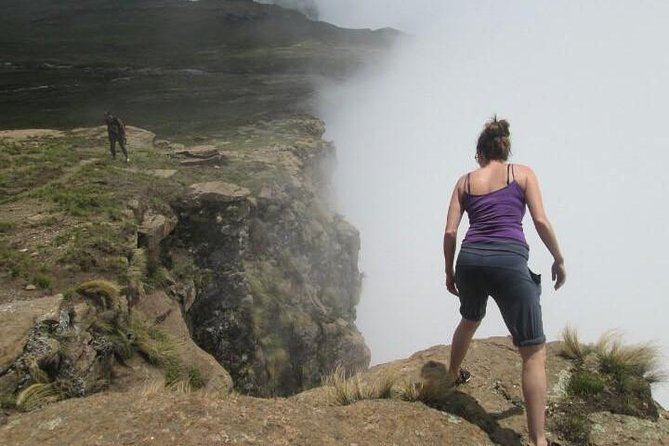 Tugela Falls Hike (Drakensberg Mountain) photo 3