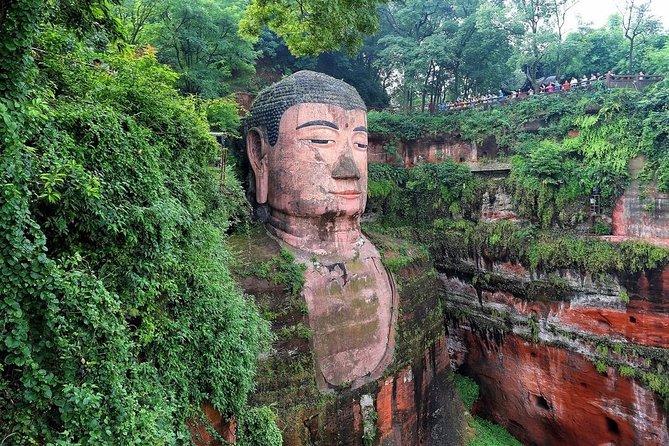 Walking Tour to Leshan Giant Buddha and Huanglongxi Ancient Town