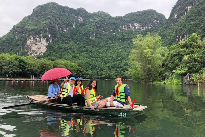 Hanoi City Walking Tours - Ninh Binh ( Hoa Lu,Tam Coc) with boating and biking