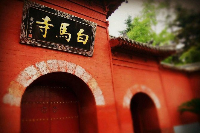 Private 3-day Henan Tour with Shaolin Temple, Longmen Grottoes and MORE!