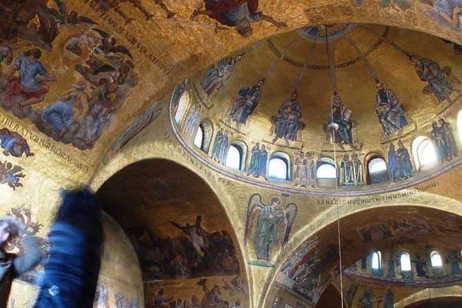 St. Mark's Basilica guided visit with terrace photo 8