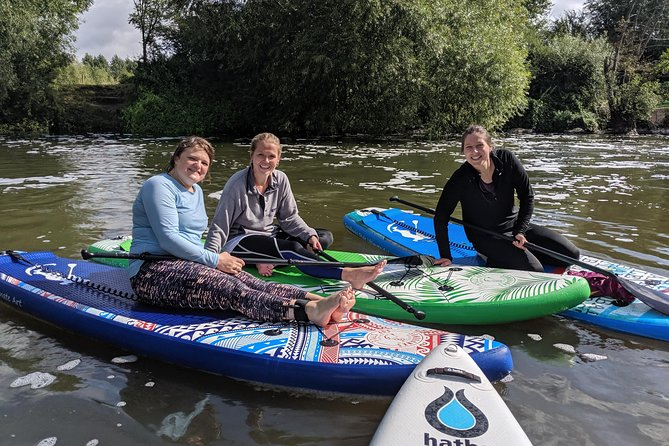 Stand-up Paddleboard SUP Safari on The River Avon For Beginners