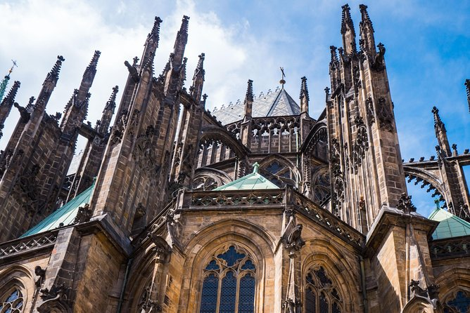 Small Group Walking Tour: Prague Castle and Lesser Town