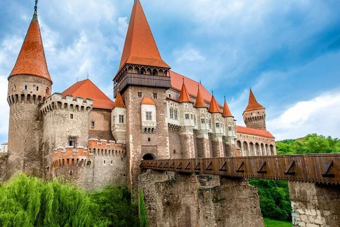 4 days Transylvania Tour from Budapest to Bucharest