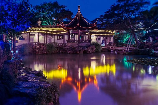 Private Tour from Shanghai of Suzhou Museum, Master-of-Nets Garden & Tongli Town