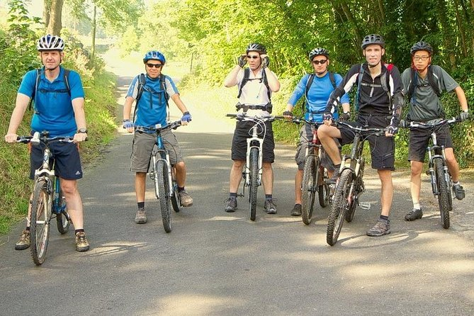 Countryside Cycling Tour in Colombo