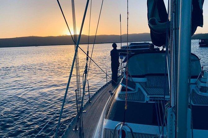 Knysna Sunset Sailing Cruise, Light Dinner & Bubbly