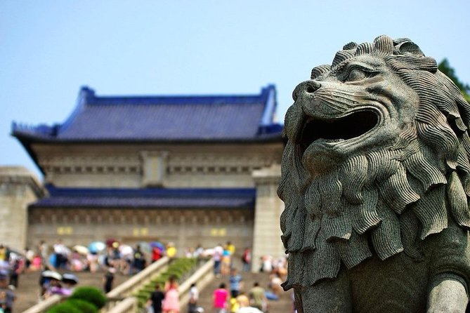 Nanjing Private Day Tour with Ancient and Modern History Discover