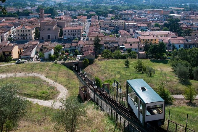 The 2 most beautiful medieval gems: San Gimignano & Certaldo (Funicular Tour)