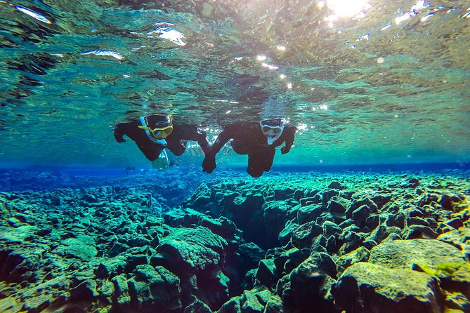 3 Day Adventure Tour: Snorkeling, Ice Cave, South Coast & Golden Circle