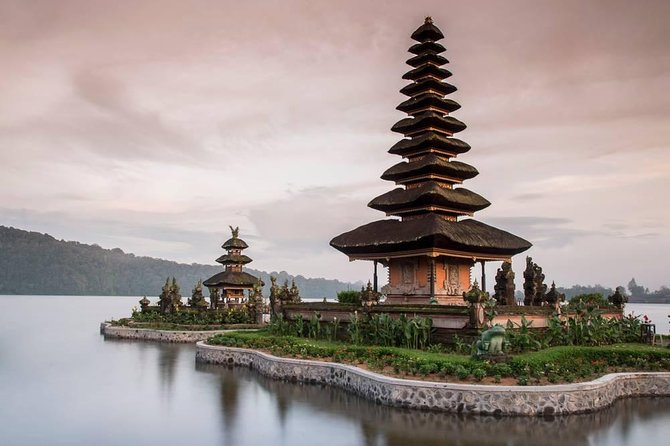 Private Tour: Jatiluwih Rice Terraces - Ulun Danu Temple - Bayumala Waterfalls