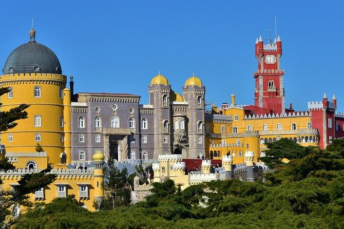 Sintra / Cabo da Roca / Cascais full day all inclusive lunch and entrees