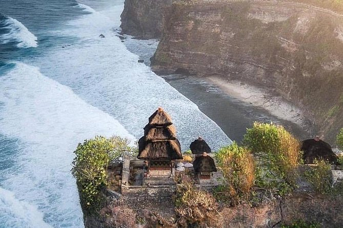 Private Uluwatu Tour Package With Sunset Dinner