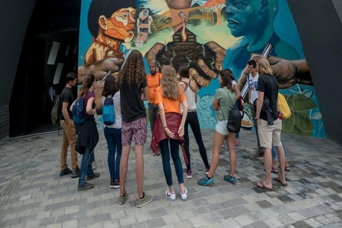 Medellin Walking Tour with Snacks and Skip The Line Access