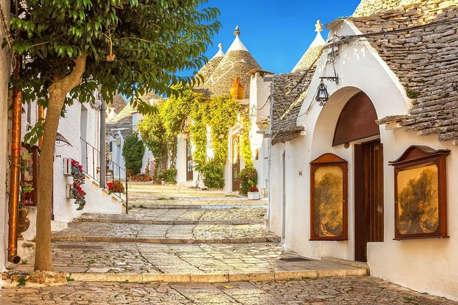 Excursion to Alberobello and Matera with departure from Bari