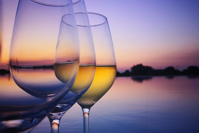 Sunset wine tasting experience at Donna Franca Winery