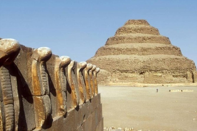 Private tour to Sakkara and Dahshur from Cairo (With Lunch)