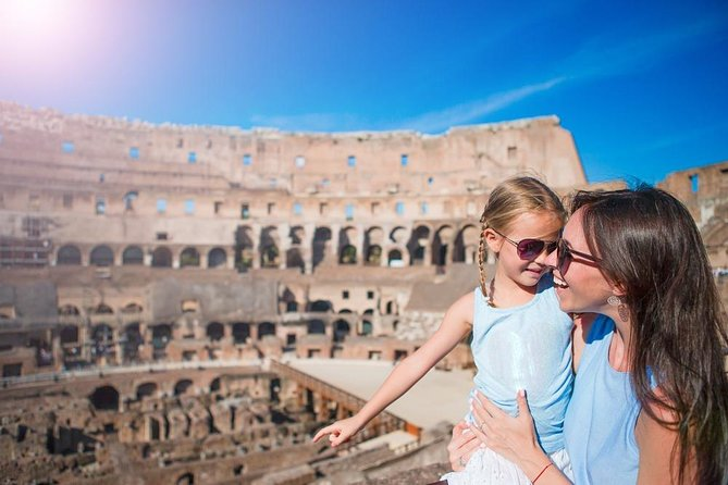12 People Guided Tour: Skip the Line Colosseum and Ancient Rome