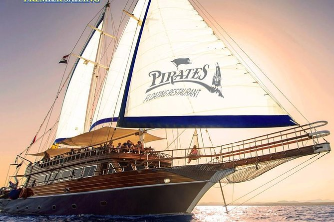 Sun Set Pirates Boat VIP & Sea Food Dinner & Live Band - Hurghada