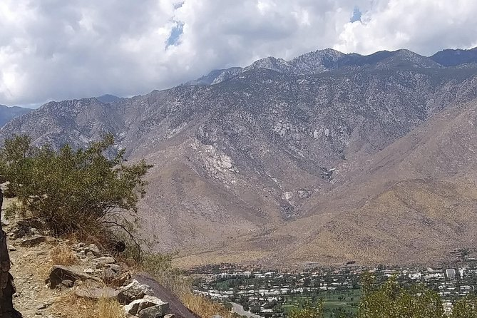 Scenic Hiking In Beautiful Palm Springs