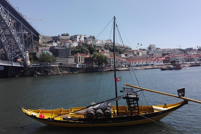 Transfer from Coimbra to Porto visiting Aveiro