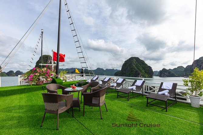 Halong bay deluxe cruise 2 days/ 1 night: kayaking, titop island, surprise cave photo 9