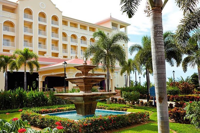 Private Transfer From Liberia Airport To Riu Guanacaste or Riu Palace photo 3