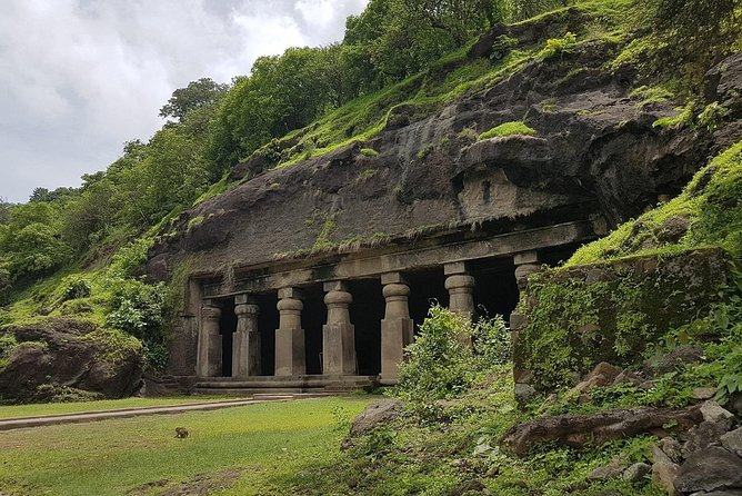 Elephanta Caves Tour including Lunch and Transport photo 4