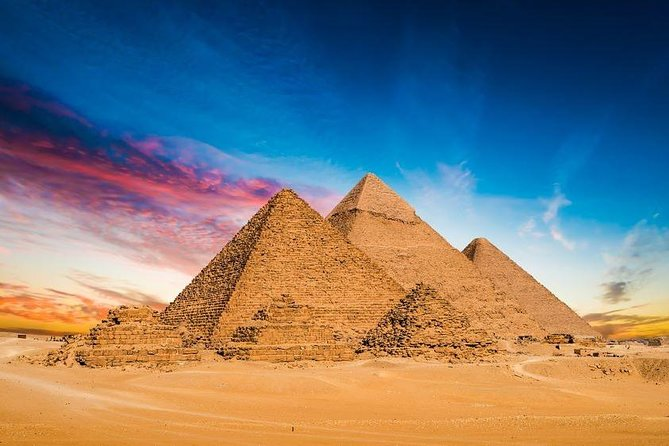Full Day Tour visiting Pyramids, Memphis and Sakara